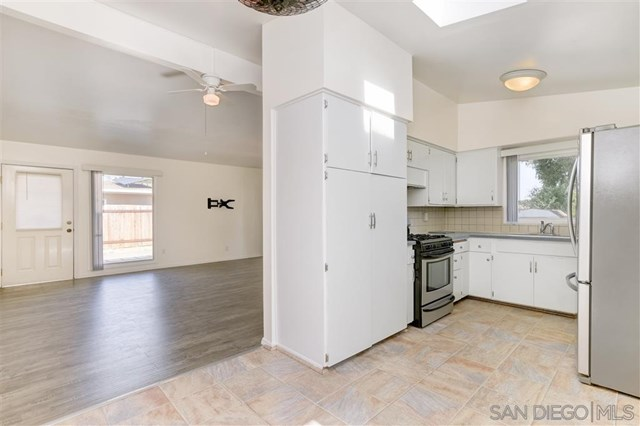 596 Joey Ave, El Cajon home for sale